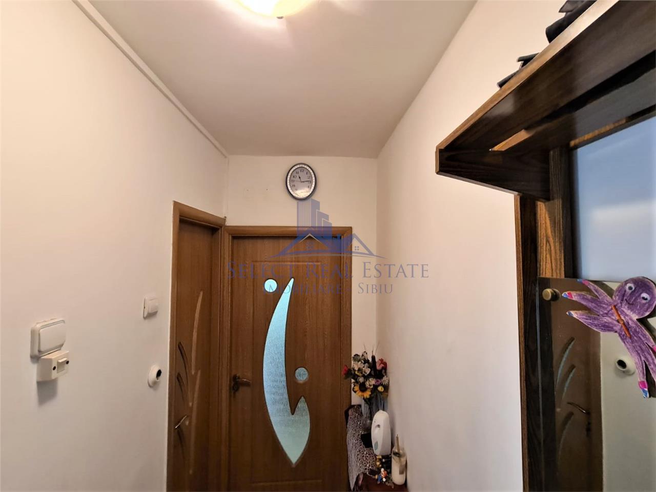 Apartament 2 camere / vanzare / Sibiu