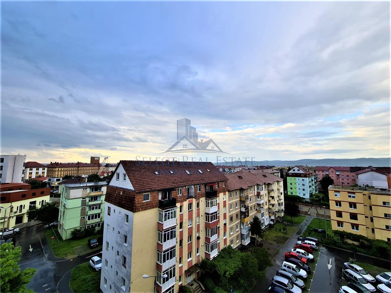 Apartament 3 camere  \ vanzare \ Sibiu   Bd. Mihai Viteazul