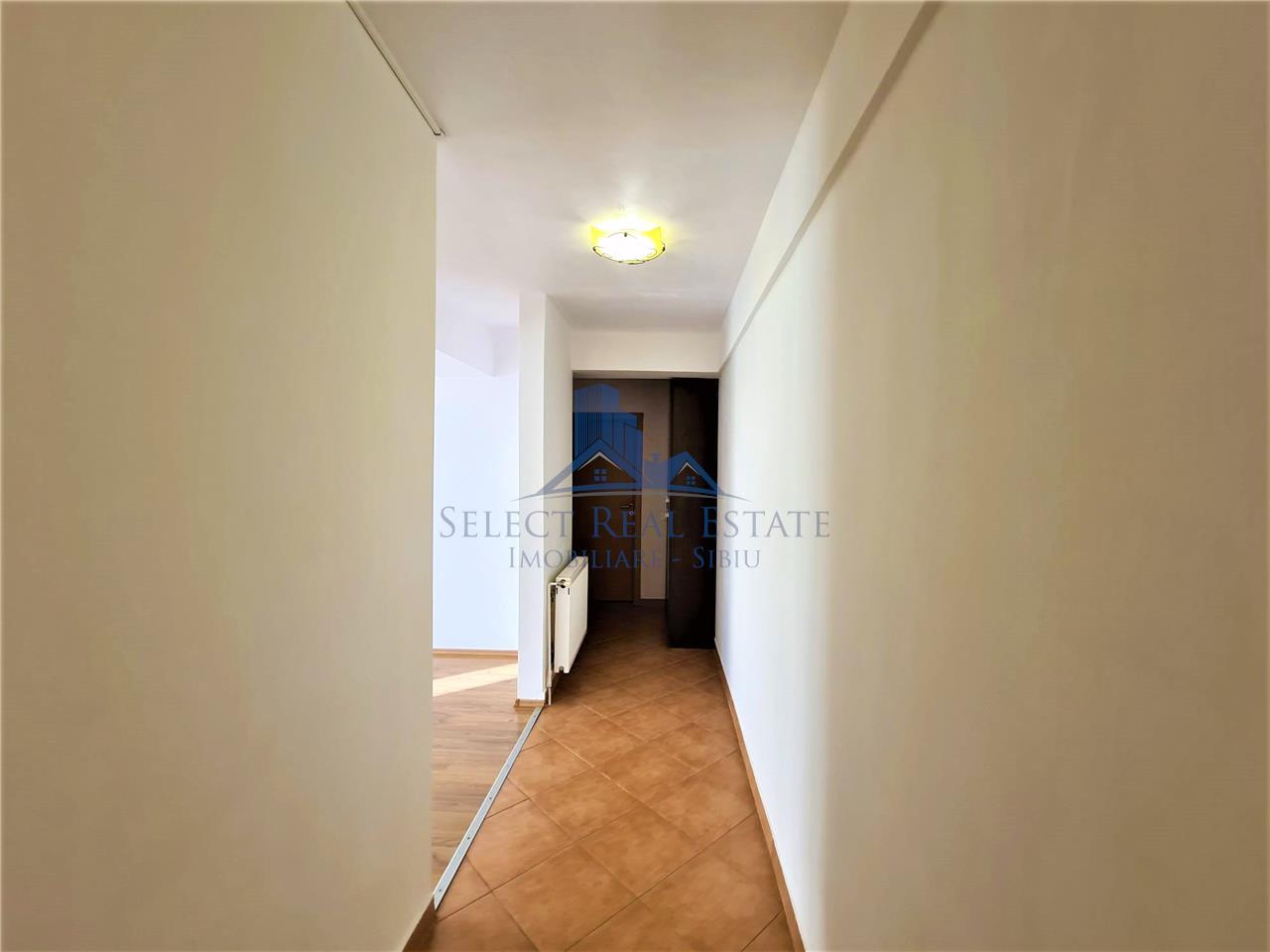 Apartament spatios / 2 camere  la cheie / vanzare / Sibiu